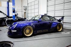 Direct Express Auto Transport This is how we Became the best. #LGMSports relocate it with http://LGMSports.com RWB Porsche