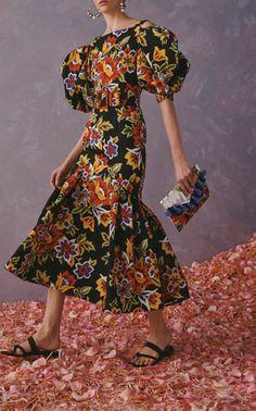 Floral Lace Dress, Pink Dress, Floral Dresses, Maxi Dresses, Carolina Herrera, Cotton Gowns, Cotton Silk, Printed Cotton, Snake Print Dress