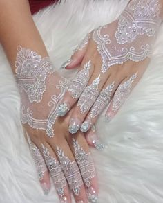 Hena Designs, Bridal Henna Designs, Henna Tattoo Designs, Mehndi Designs, Simple Henna Tattoo, White Henna, Wedding Henna, Glitter Dust, Henna Patterns