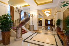 hotel lobby staircase - Google Search Style At Home, Lobbies, Hotel Lobby, Mansions, Google Search, Elegant, House Styles, Home Decor, Decorative Lighting