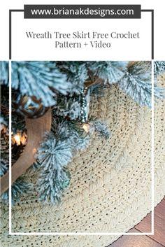 Christmas Tree Skirts Patterns, Christmas Skirt, Crochet Christmas Decorations, Crochet Christmas Trees, Christmas Decorations For The Home, Christmas Crochet Patterns, Holiday Crochet, Easy Crochet Patterns, Holiday Crafts