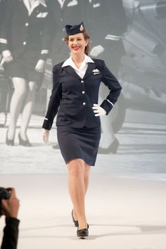 how to become an airline attendant in canada