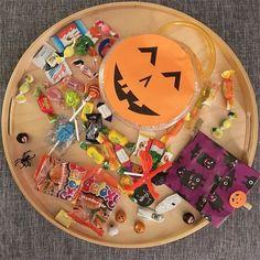 Che bottino!  Grazie al nostro condominio super simpatico! #halloween #caramelle #candies #zucca