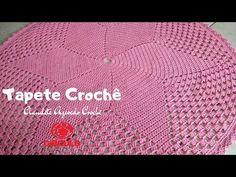 Tapete Redondo de Crochê Aula Passo a Passo para Iniciantes - YouTube Doilies, Crochet Hats, Merry, Card Holder, U2, Youtube, Crochet Carpet, Finger Crochet, Napkins