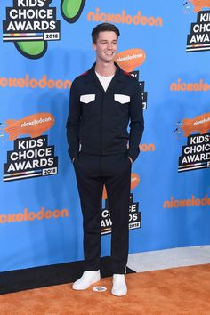 Patrick Schwarzenegger : Calvin Klein Collection Ensemble from the Fall 2018 Collection Pretty Boys, Cute Boys, My Boys, Alfa Man, Patrick Schwarzenegger, Kids Choice Award, Evolution Of Fashion, Midnight Sun, Calvin Klein Collection