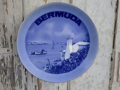 Check out this item in my Etsy shop https://www.etsy.com/listing/120360426/vintage-bermuda-decorative-souvenir