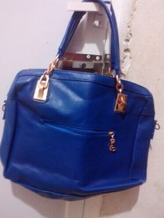 Fashion Women S Tote Bag With Rivets And Chains Design Color Black Blue Category