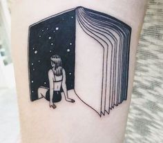 15 Pretty Tattoos Every Book Lover Should See