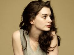 <b>Anne Hathaway</b> 2 Wallpapers | HD Wallpapers