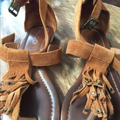 ALDO suede sandals These super fun fringe suede sandals will make any dress, shorts look amazing super comfy and only worn a couple times ALDO Shoes Sandals