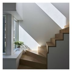 FOR SALE: Tunbridge Wells, Kent  This recently completed house is a rare example of outstanding Modern design on a tree-lined street in historic Tunbridge Wells.  #themodernhouse #modernhouse #architect #architecture #stairs #feneleystudio #tunbridgewells #kent #house #home #dreamhome #idealhome #ecohomes #newhomes #superiorinteriors #architecturelovers #archiovers #architecturephotography #modernliving #interiors #interior #interiordesign #stairdesign #light #shadow #beautiful
