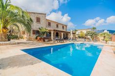 in Pollença, ES. Can Gallardo is the perfect place to relax and unwind. Set in the rolling countryside approaching Pollensa, this villa is the perfect blend of modern convenience and traditional architecture.  This traditional stone built villa has 3 bedrooms, all...