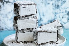 lamington ice-cream bars (don't these look devine!) I bet coconut oil would substitute well for oil (Bake Cheesecake Donna Hay) Frozen Desserts, Frozen Treats, Just Desserts, Delicious Desserts, Dessert Recipes, Gelato, Donna Hay Recipes, Granita, Australian Food