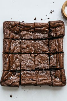 Cookies, cakes, brownies and more baking projects for when grocery stores are sold out of flour during the coronavirus pandemic. Espresso Cake Recipe, Chocolate Chunk Cookie Recipe, Flourless Chocolate Cookies, Chocolate Recipes, Flourless Dessert Recipes, Brownie Recipes, Granola, Recipes With Whipping Cream, Keto