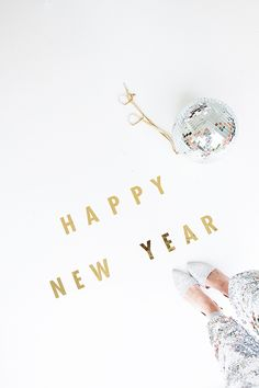 New Years Dinner Sarah Sherman Samuel Happy New Year Images, New Year Photos, Happy New Year 2019, Happy Year, New Years Dinner, New Years Eve Party, Noel Christmas, Christmas And New Year, Silvester Diy
