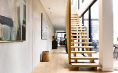 Find and save 30 modern townhouse yoga studio elwood ideas on Decoratorist. See more about modern, townhouse, yoga. Style At Home, Minimalist House Design, Minimalist Home, Timber Stair, Timber Flooring, Casa Hotel, Interior Architecture, Interior Design, Stairs Architecture