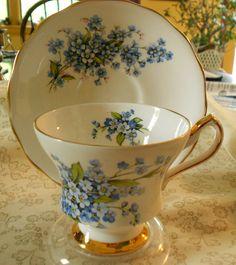 Tea Cup & Saucer - Forget Me Knots