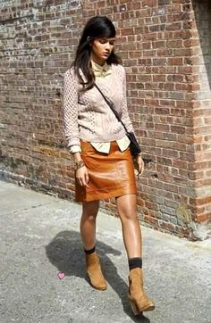 ORANGE LEATHER SKIRT