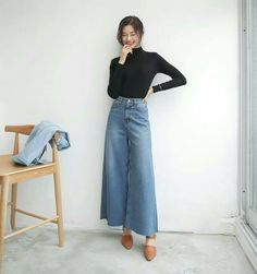 Japan trip kevin and Vy Asian Fashion, Look Fashion, Daily Fashion, Fashion Outfits, Womens Fashion, Fashion Trends, Cute Casual Outfits, Casual Wear, Fall Outfits