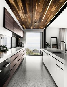 The Design Files - A House That Follows The Light - photo, Tom Blachford.