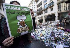 """'Charlie Hebdo' habla de """"crimen político"""" en el segundo aniversario del atentado"""