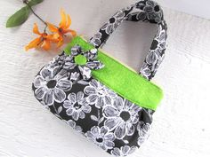 Girls Purse Black and Green Pocket Book by imagiNANA on Etsy