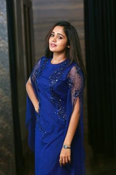 South Indian film actress Ananya new picture gallery. Latest image gallery of actress Ananya. Black High Low Dress, Hot Images Of Actress, Hollywood Girls, Vintage Black Glamour, Designs For Dresses, B Fashion, Western Wear For Women, Malayalam Actress, Cute Girl Photo
