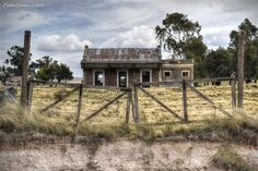 Train Station, Farmer, Pop Art, Earth, Cabin, Country, House Styles, Places, Argentina Tourism