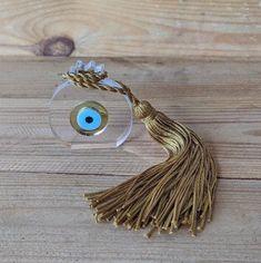 Grenade Oeil doré en plexiglass - objet de décoration Baby Jewelry, Handmade Jewelry, Plexiglass, Grenade, Evil Eye Jewelry, Tassel Necklace, Creations, Eyes, Bracelets