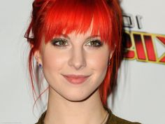Lead Singer of Paramore Launches Vegan Hair Dye Line! | Clearly Veg