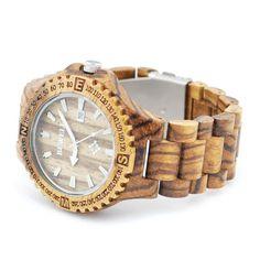 Ons houten horloge Iguazú is een zeer stoer horloge. Het gebruik van zebra hout geeft dit horloge een robuuste look. Naast de looks wordt dit horloge ook gekenmerkt door comfort, vanwege het geringe gewicht en de perfecte afwerking.    http://www.looyenwood.nl/product/houten-horloge-iguazu/