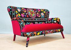 Suzani 2 seater sofa pink flower por namedesignstudio en Etsy, $2200.00