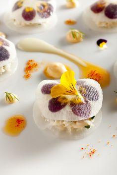 Crab with daikon - credit Francesco Tonelli   flower power food amazing gourmet cuisine