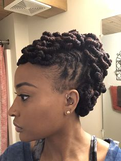 Haircuts Which Are Latest! Dreadlock Hairstyles, Twist Hairstyles, Cool Hairstyles, Natural Hair Updo, Natural Hair Styles, Short Hair Styles, Dreadlock Styles, Dreads Styles, Loc Updo