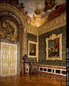 Salon of abundance, Palace of Versailles UNESCO World Heritage List, 1979, by architect Jules Hardouin_Mansart. France, 17th century.