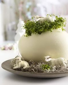 60 Creative Easy DIY Tablescapes Ideas for Easter