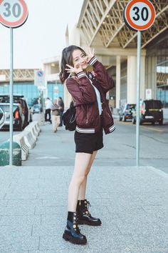 Korean Fashion Winter, Korean Fashion Men, Korean Street Fashion, Winter Fashion Outfits, Asian Fashion, Girl Fashion, Chinese Fashion, Chinese Actress, Asia Girl