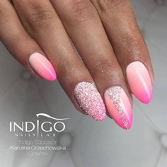 Pink Ombre with Pixel Effect Snow White - maybe next to be on my nails...