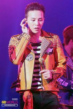 141225-27 G-Dragon at BIGBANG Japan X Tour in Tokyo
