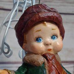 """Купить или заказать ватная елочная игрушка """" Дела сердешные..."""" в интернет магазине на Ярмарке Мастеров. С доставкой по России и СНГ. Срок изготовления: 5-6 дней. Материалы: ватное папье маше, проволочный каркас,…. Размер: высота11.5см"""