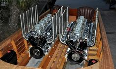 Gar Wood's Miss America VIII - with original 2 Miller V-16's - built for this boat Classic Wooden Boats, Classic Boat, Course Vintage, Drag Boat Racing, Wooden Speed Boats, Riva Boat, Chris Craft Boats, Hispano Suiza, Boat Engine
