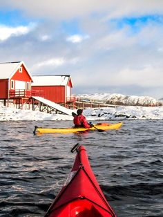 Winter kayaking by Hans Olav Elsebø