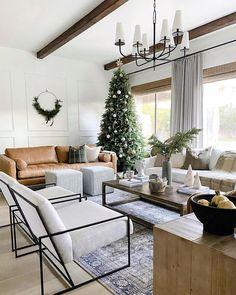 Living Room Goals, Living Room Update, Boho Living Room, Living Room Interior, Living Room Decor, White Oak Floors, Christmas Living Rooms, Beautiful Living Rooms, Dream Rooms