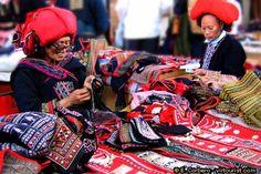 Buying Crafts in Vietnam, Hanoi, Ho Chi Minh city