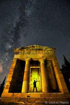 Delphi - the Athens Temple