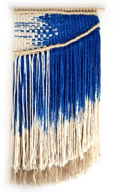 Sisal and Cotton Wall Hanging for Ran Ran Design Weaving Textiles, Weaving Art, Tapestry Weaving, Loom Weaving, Textile Texture, Textile Art, Art Fil, Weaving Projects, Woven Wall Hanging