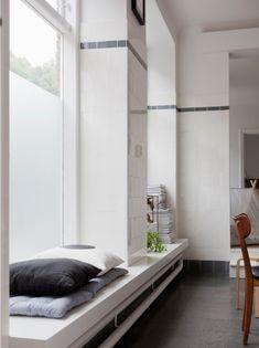 Inspiratieboost: de fijnste zithoekjes in de vensterbank - Roomed
