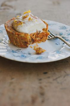 Little raw carrot cakes w/ orange maple cream | My Darling Lemon Thyme