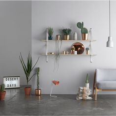 SAMDY STONE LIGHT // Assemblages Leather Shelves Double - leather straps for shelving | Lightly