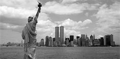New York (Statue of Liberty & Twin Towers)